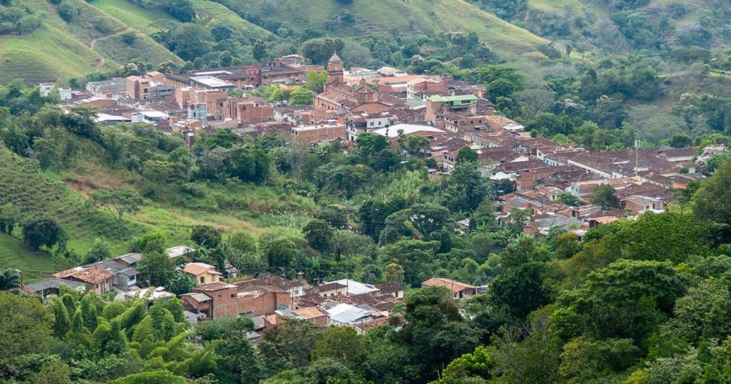 Foto de Ebéjico tomada desde punto alto en el oriente